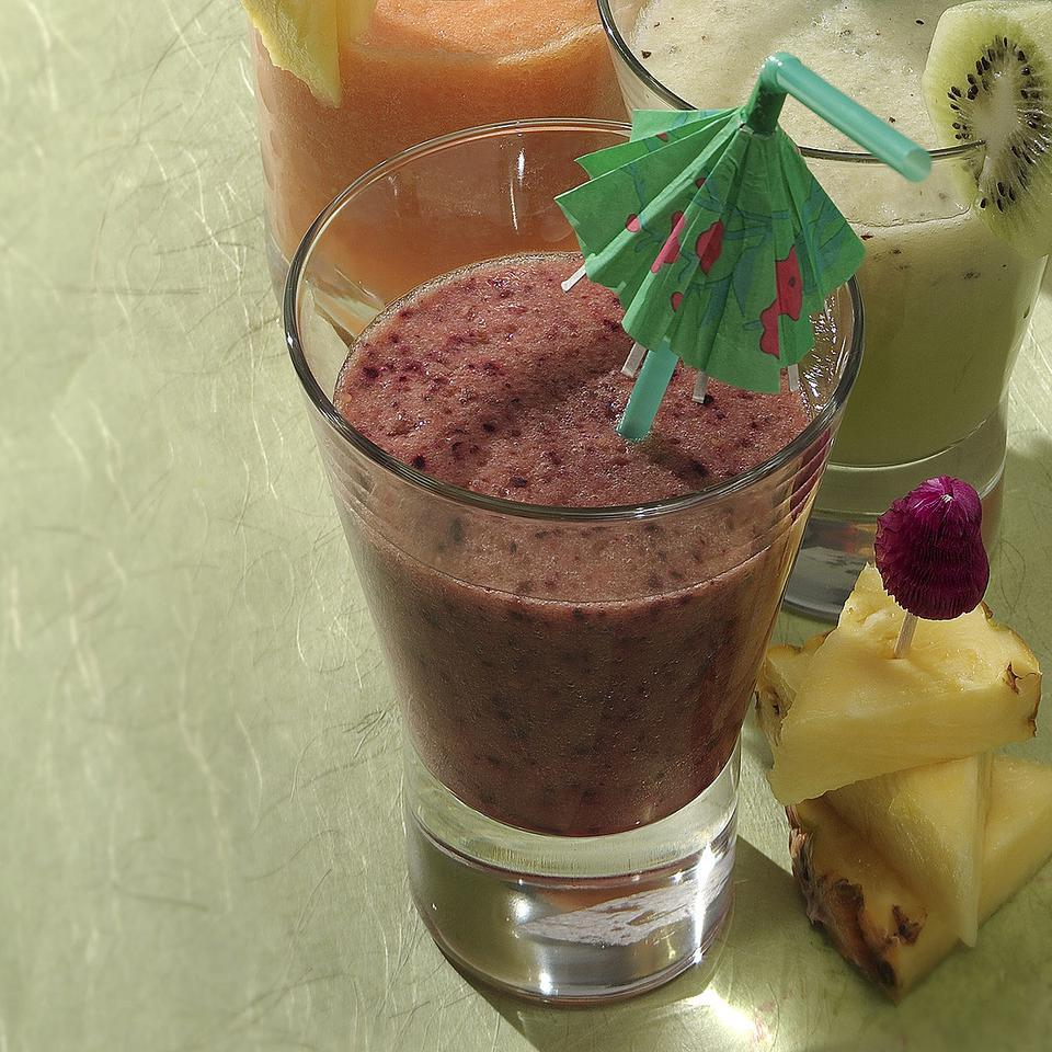Hawaiian Smoothie EatingWell Test Kitchen