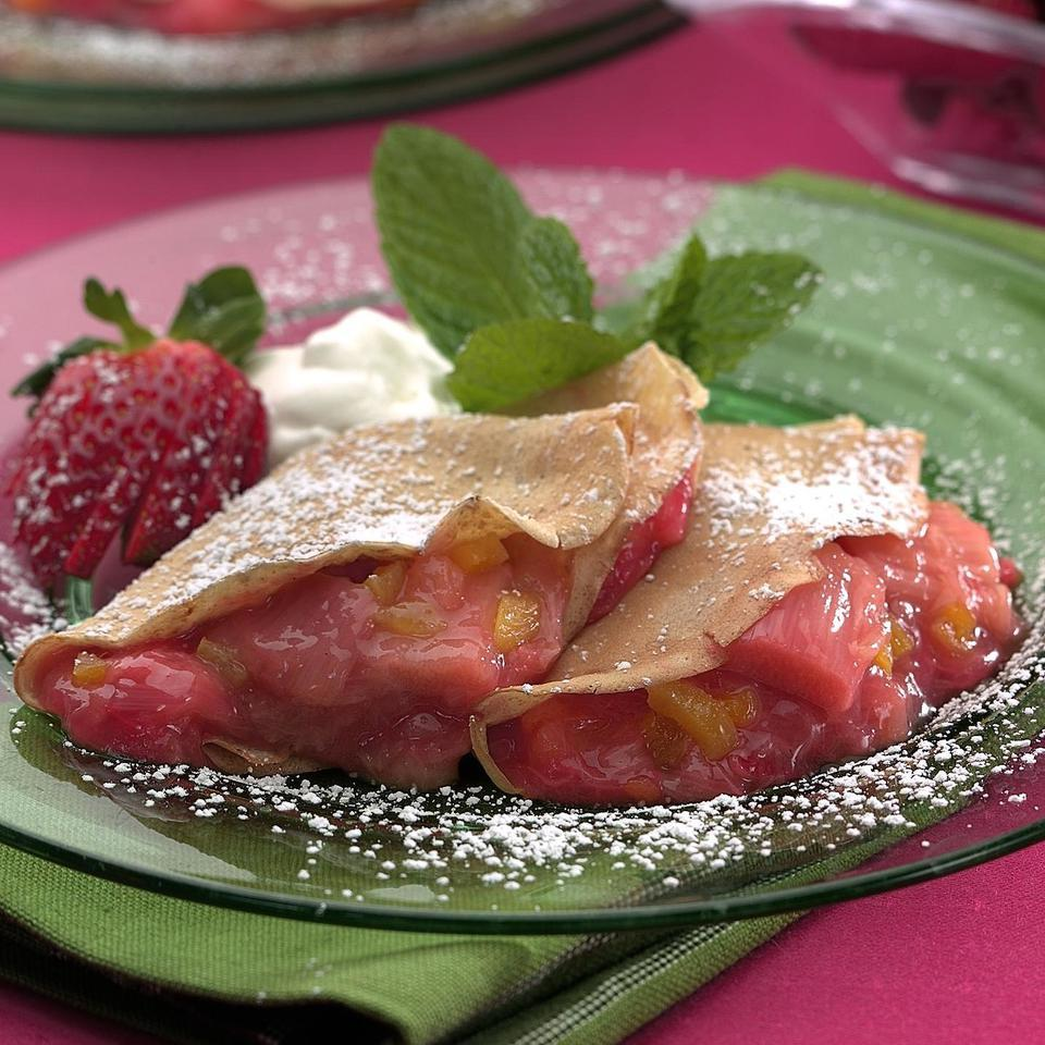 Strawberry-Rhubarb Filling Patsy Jamieson