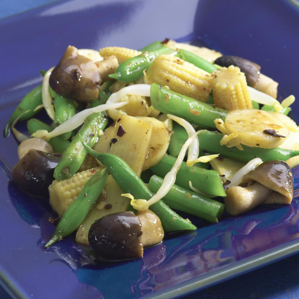 Asian Green Bean Stir-Fry EatingWell Test Kitchen