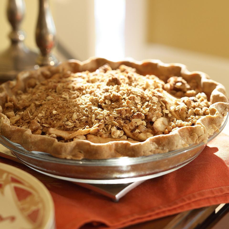 Oatmeal-Nut Crunch Apple Pie Victoria Abbott Riccardi