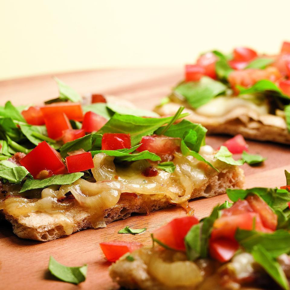 Arugula & Prosciutto Pizza EatingWell Test Kitchen