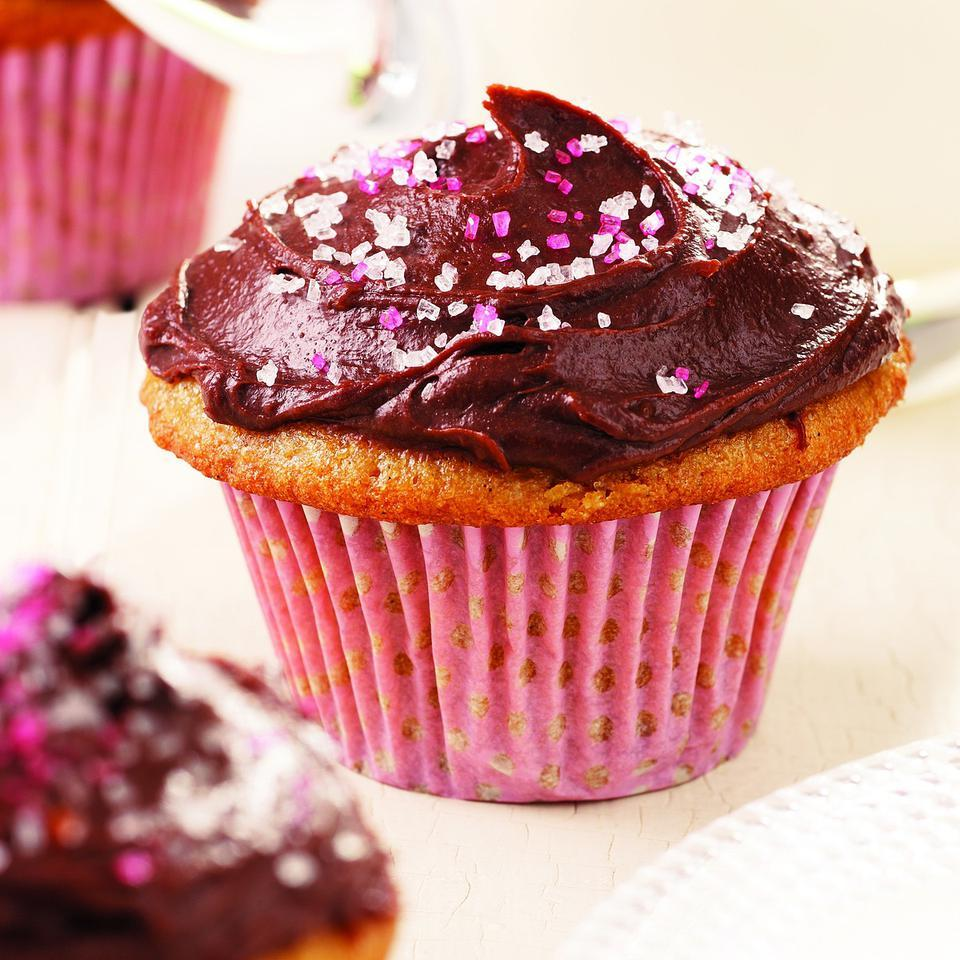 Vanilla Cupcakes with Chocolate Frosting Stacy Fraser