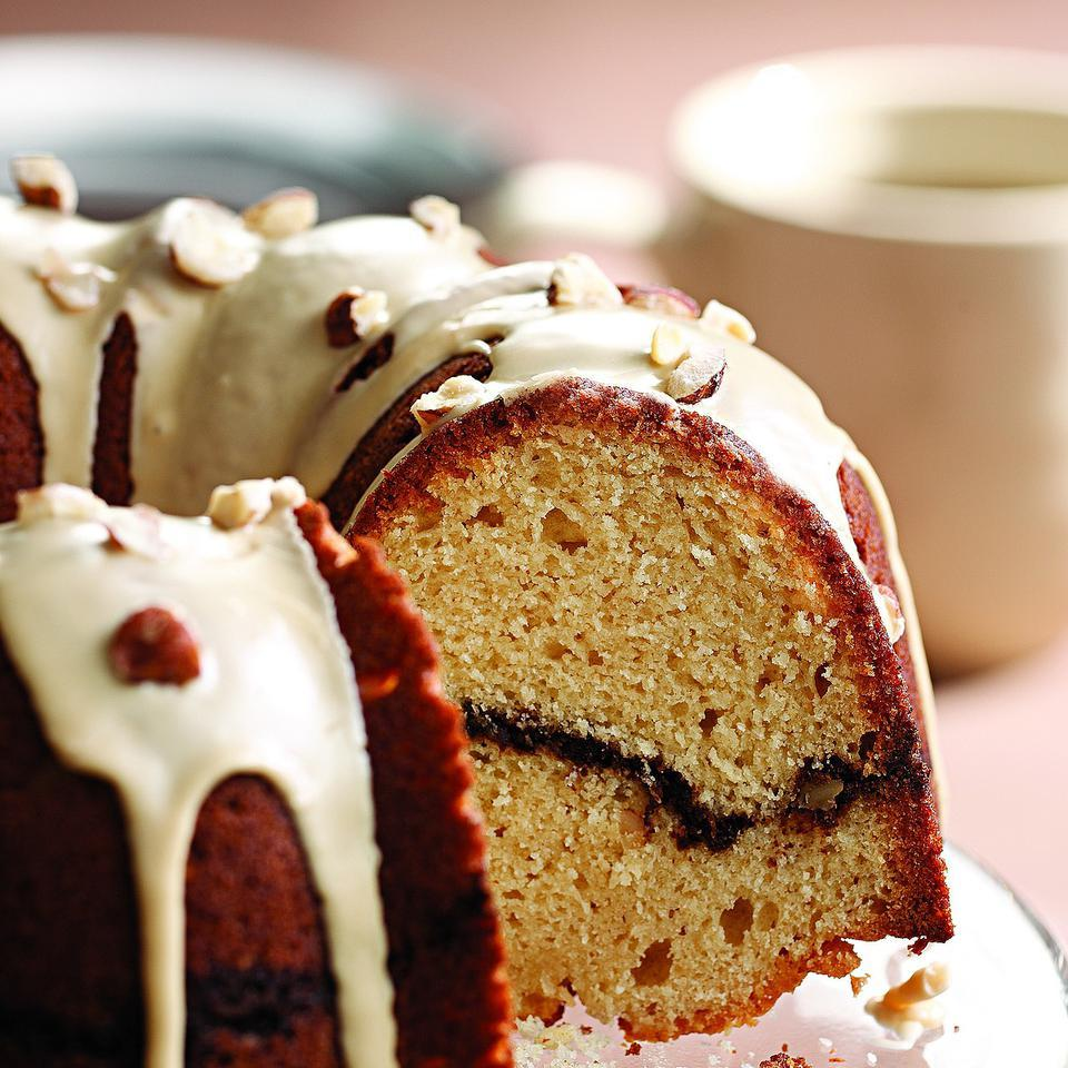 Coffee-Streusel Bundt Cake Joyce Hendley