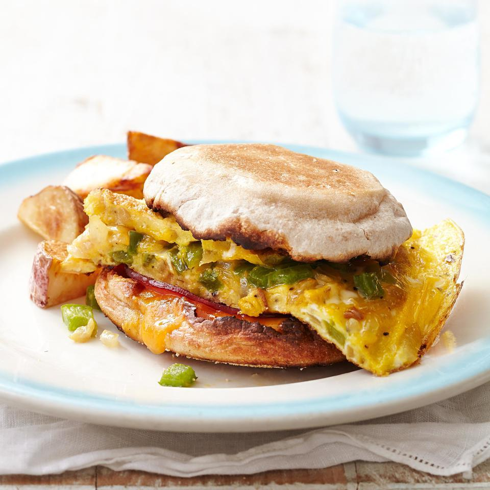 This egg sandwich recipe with flavorful Canadian bacon and crunchy bell pepper is a perfect healthy breakfast-for-dinner candidate. For an evening meal, serve with roasted potatoes and a tomato salad. For breakfast, just add a cup of coffee or tea and you're good to go.