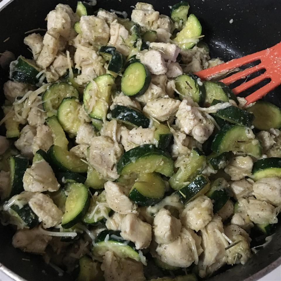 Garlic Chicken and Zucchini MamaC