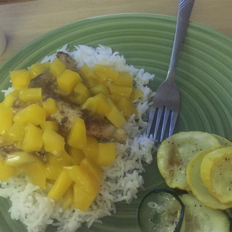 Grilled Spiced Chicken with Caribbean Citrus-Mango Sauce psiphiwarrior