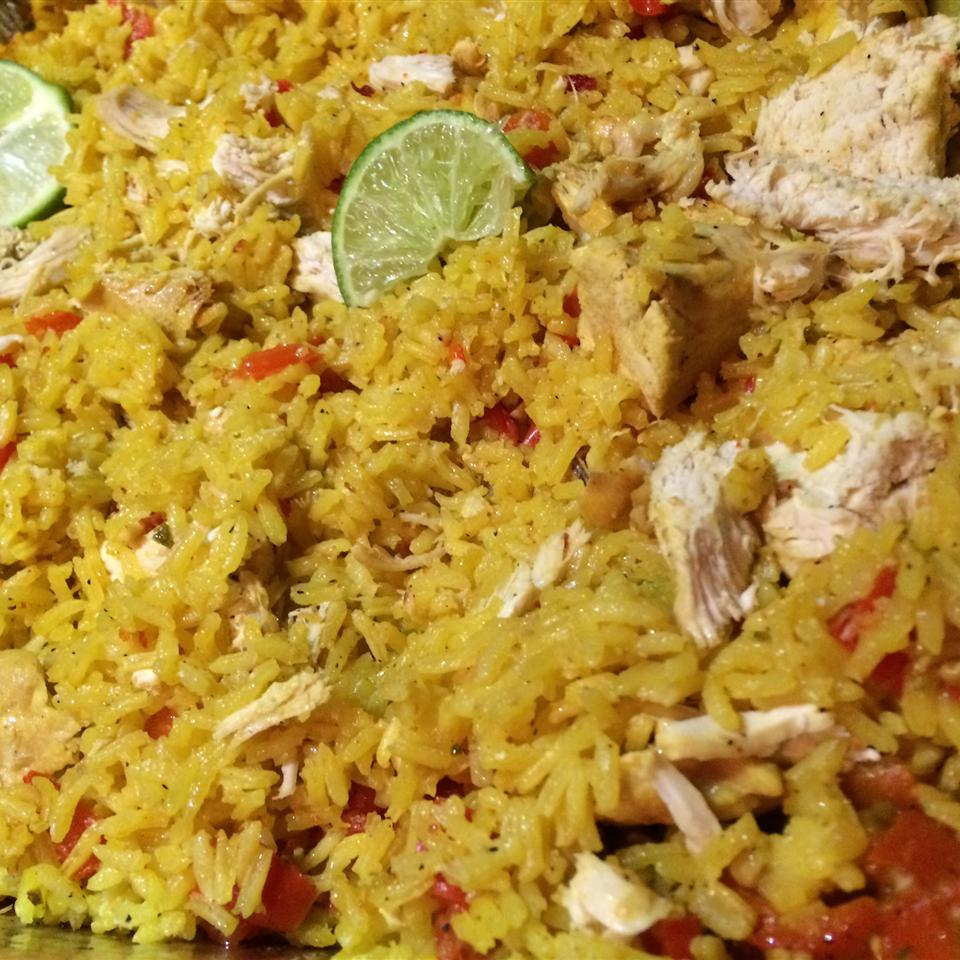 Easy Chicken and Yellow Rice