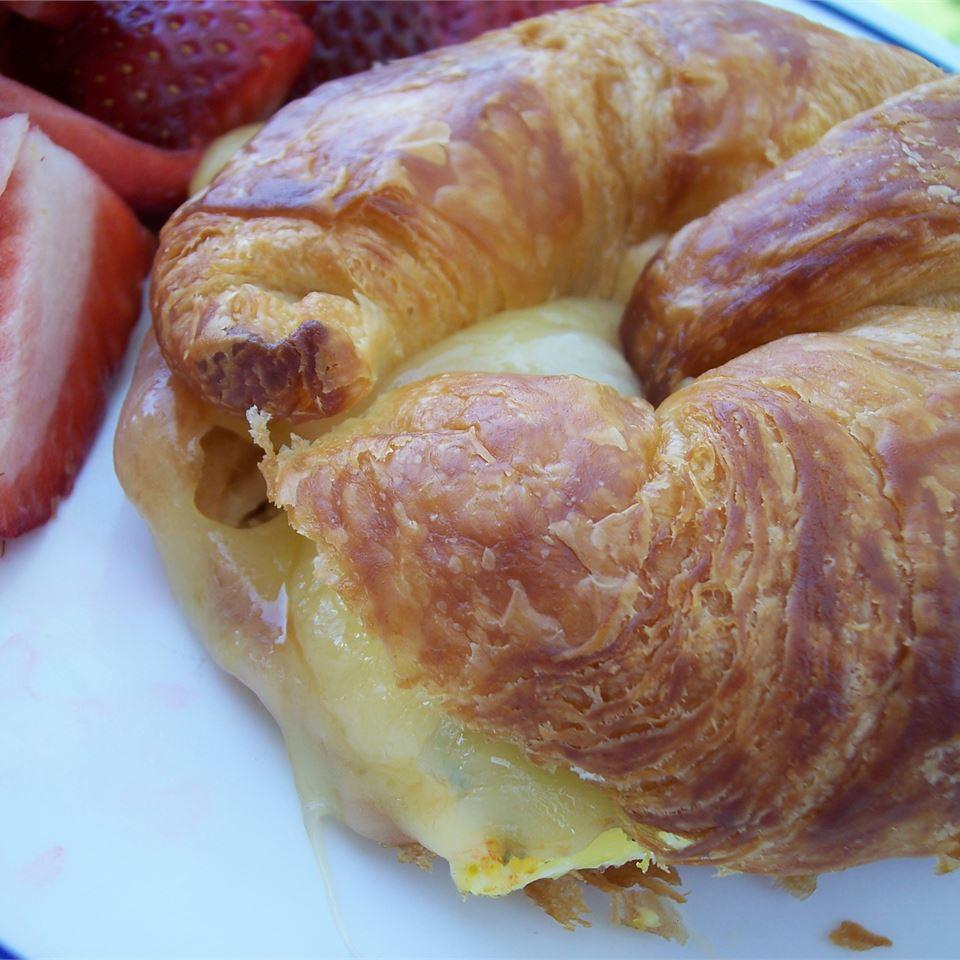 Make-Ahead Baked Egg Sandwiches DonnaTMann