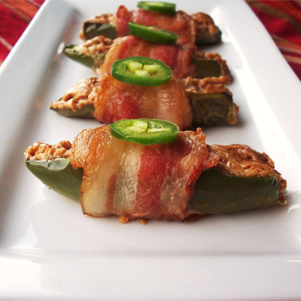 Bacon-Wrapped Peanut Butter Jalapenos ambibambi