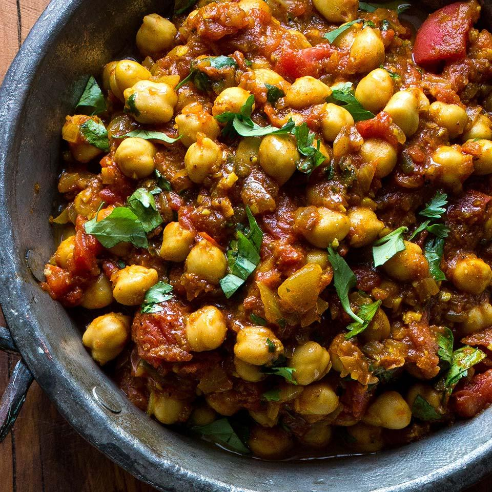 Made with convenient canned beans, this quick and healthy Indian recipe is an authentic chickpea curry that you can make in minutes. If you want an additional vegetable, stir in some roasted cauliflower florets. Serve with brown basmati rice or warm naan.