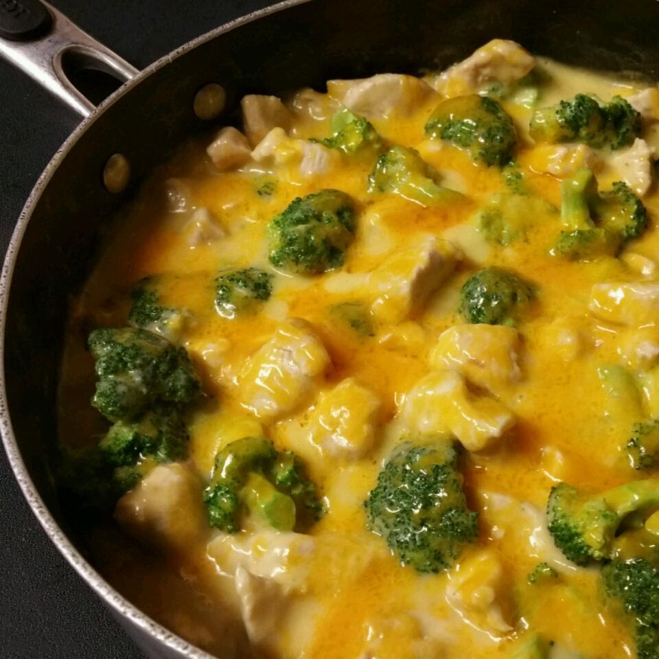 2-Step Skillet Chicken Broccoli Divan Christie