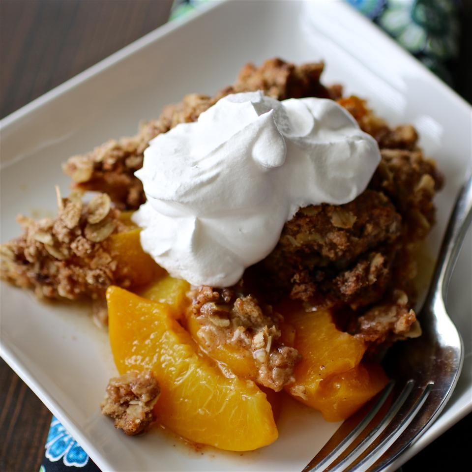 Mom's Peach Crisp_image