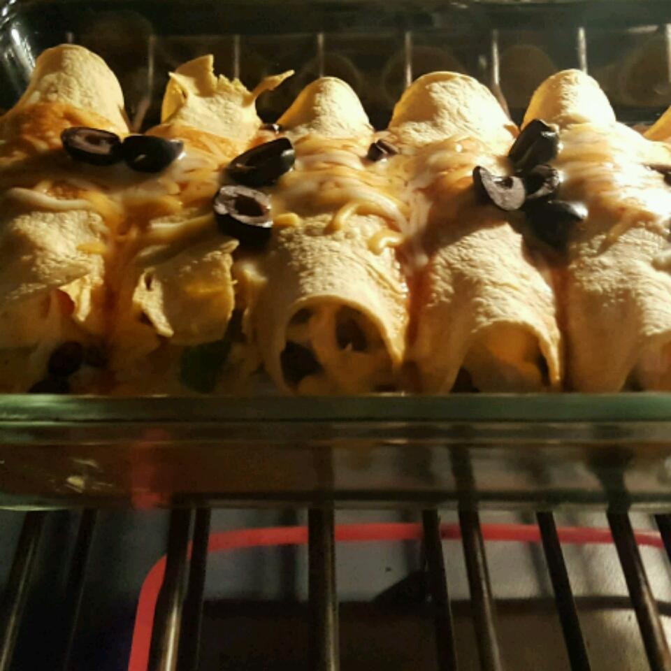 Fiesta Chicken and Black Bean Enchiladas from Mission(R) Tanya Fitzgerald
