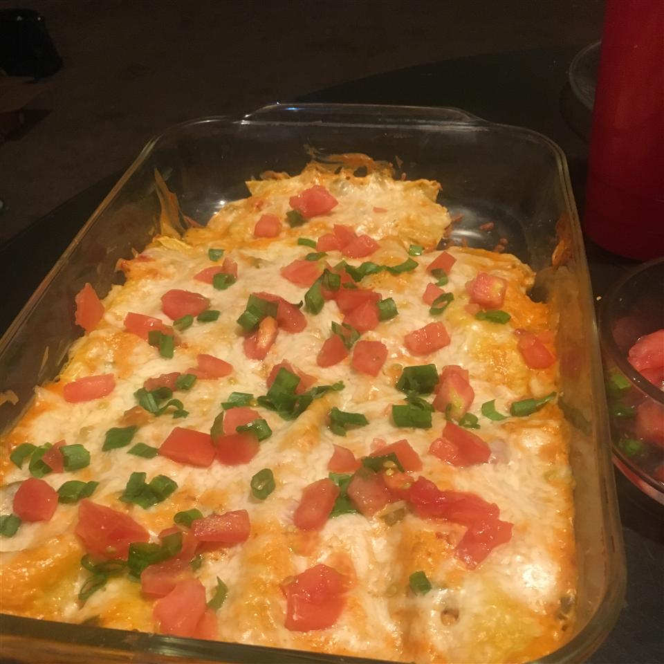 Campbell's(R) Easy Chicken and Cheese Enchiladas