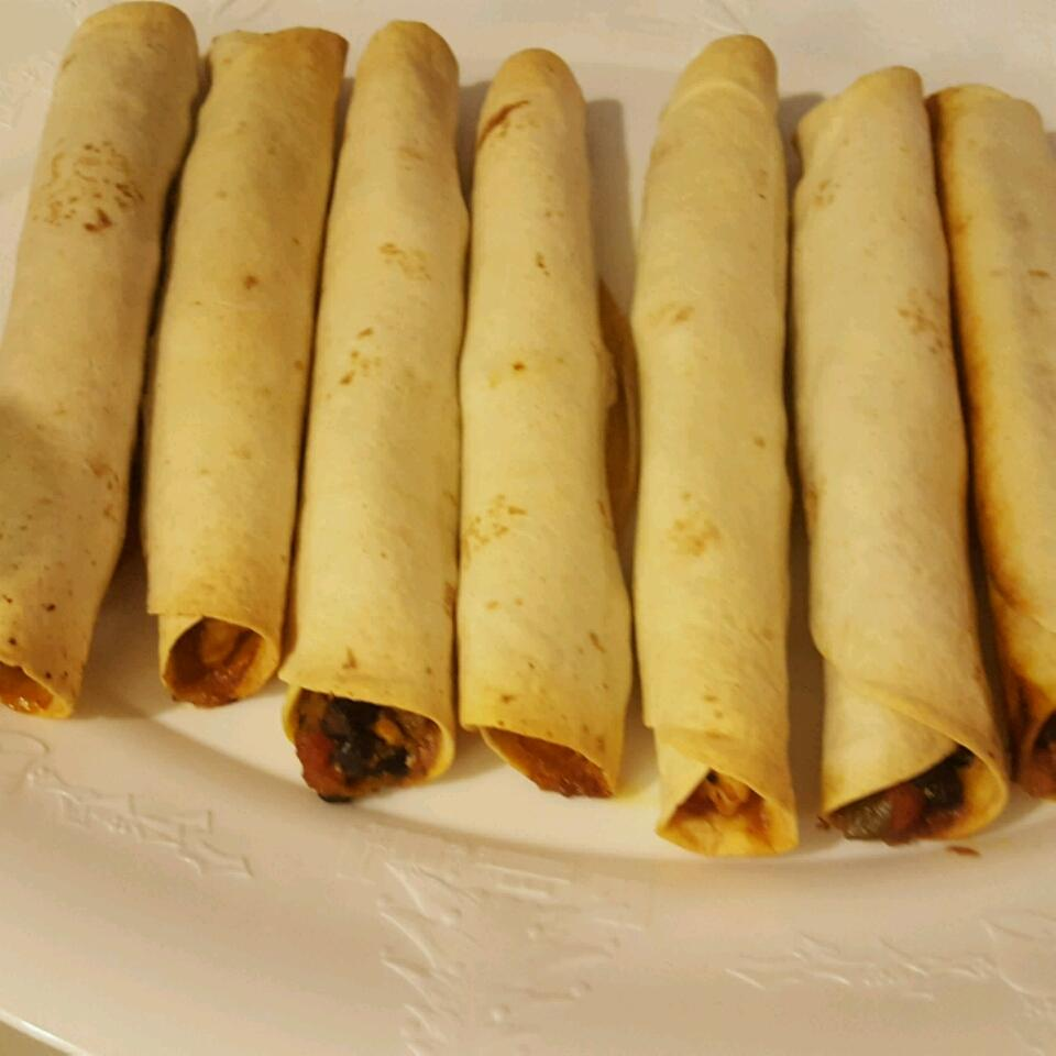 Quick and Easy Chicken Taquitos Joanne Rainey Miller