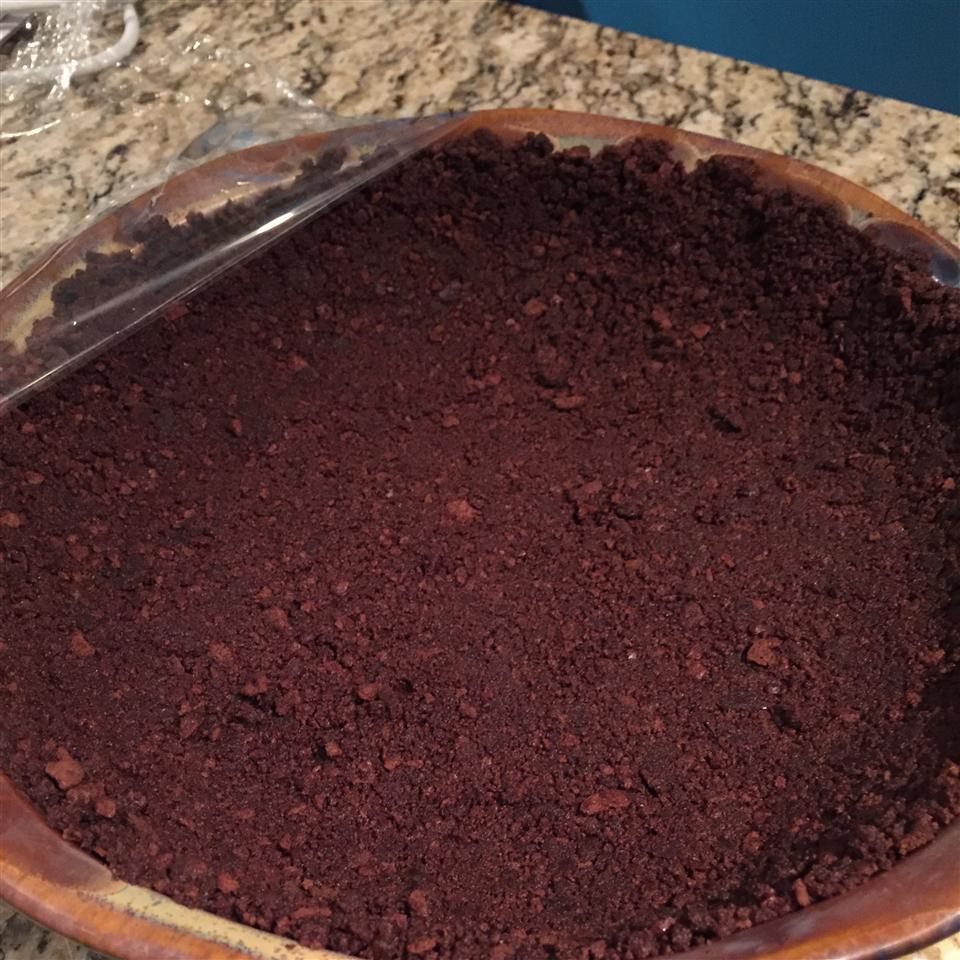 Chocolate Wafer Crust Carol