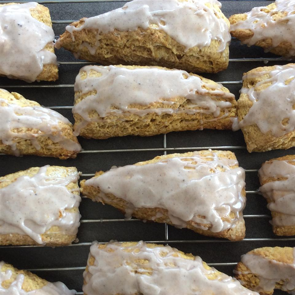 Coffee Shop Pumpkin Scones