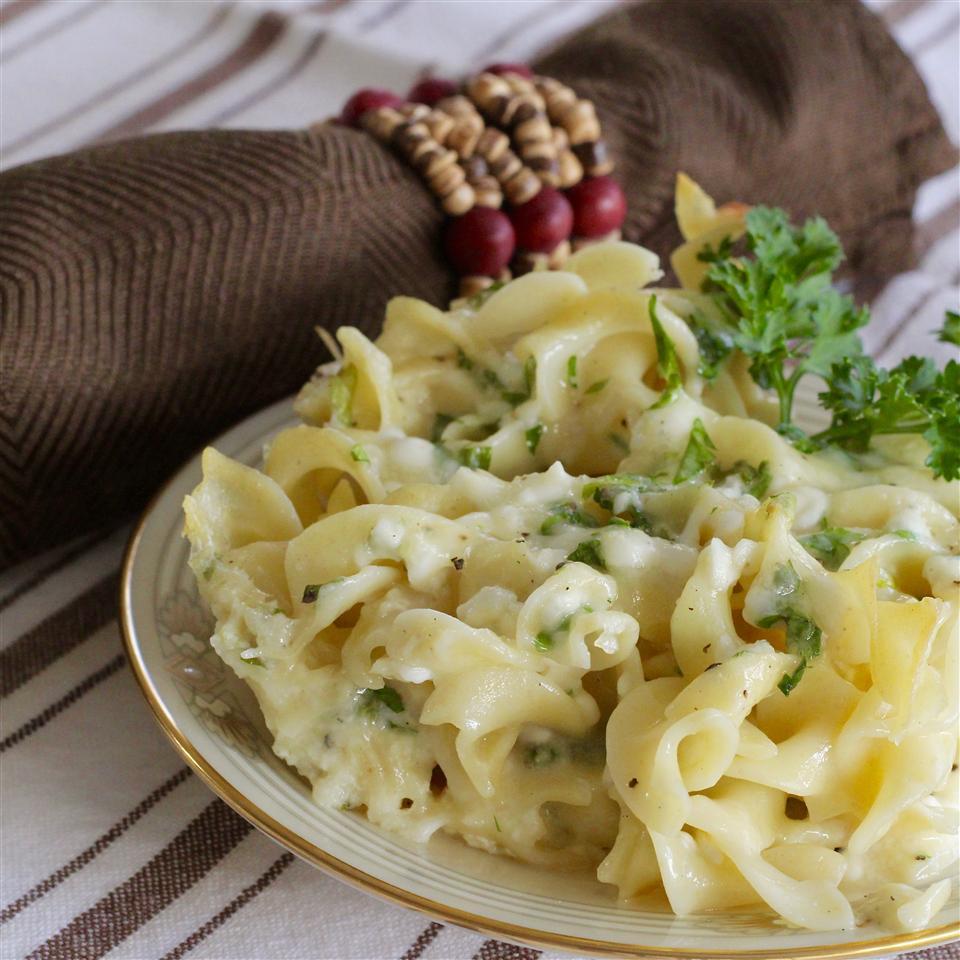 Mock Sou Boreg (Armenian Macaroni and Cheese)