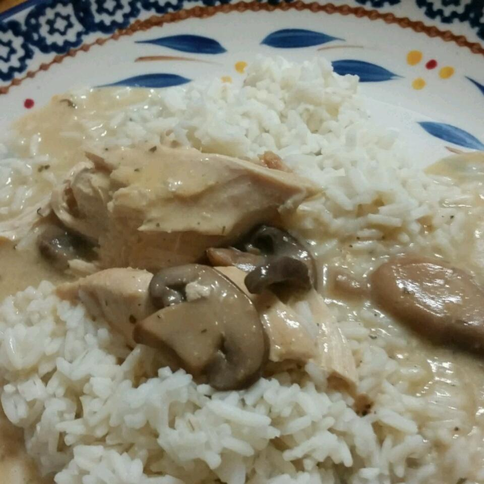 Crock Pot Cheesy Mushroom Chicken Dianne Sigmund Hutchinson