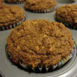 Whole Wheat Pumpkin Muffins with Oat Bran and Flaxseed