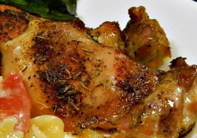 Crispy and Tender Baked Chicken Thighs