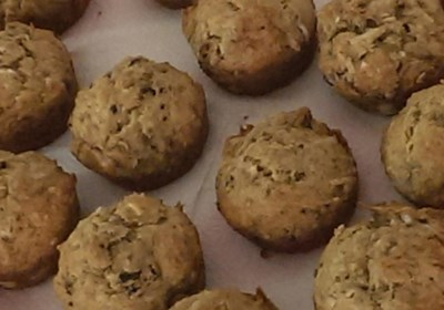 Anna's Banana Cacao-Nut Muffins