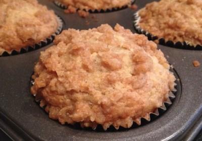 Healthier Banana Crumb Muffins
