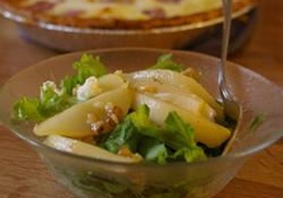 Salad with Prosciutto and Caramelized Pears and Walnuts