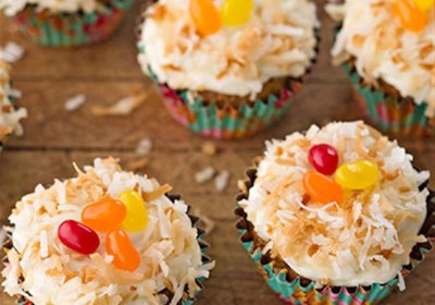 Lemon Frosted Carrot Cake Cupcakes