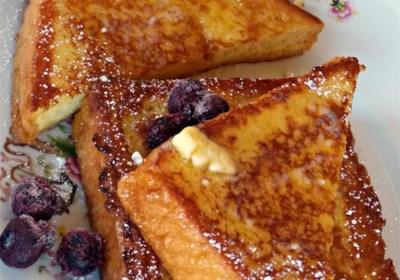 Vanilla-Almond Spiced French Toast