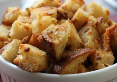 Bluetons (Blue Cheese Croutons)