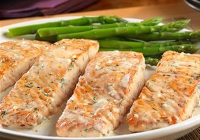 Salmon with Creamy Dill Sauce from Swanson®