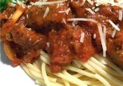 Spaghetti with Tomato and Sausage Sauce