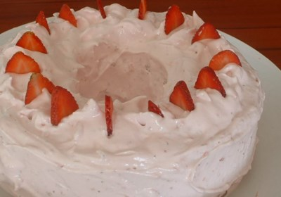 Strawberry Cake III