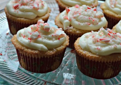 Peppermint Cupcakes with Marshmallow Fluff White Chocolate Frosting