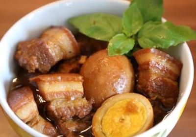 Caramelized Pork Belly (Thit Kho)
