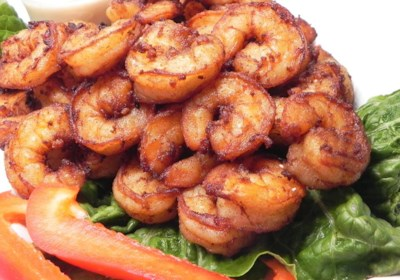 Goong Tod Kratiem Prik Thai (Prawns Fried with Garlic and White Pepper)