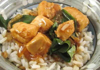 Authentic Thai Basil Chicken (Very Easy and Fast)
