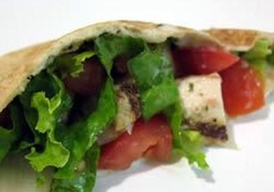 Warm Greek Pita Sandwiches With Turkey and Cucumber-Yogurt Sauce