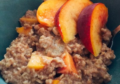Peachy Oatmeal