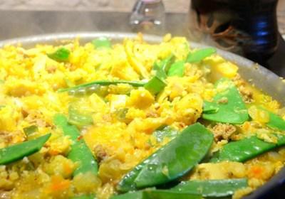 "Artichoke and Chicken Sausage Cauliflower ""Paella"""