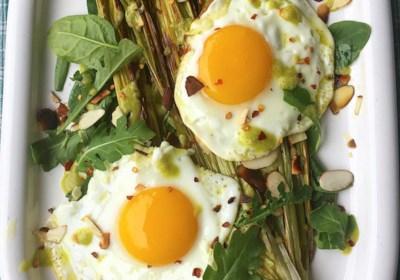 Roasted Leeks with Eggs (Paleo and Keto-Friendly)