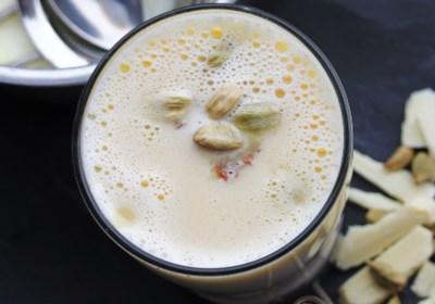White Hot Chocolate with Cardamom