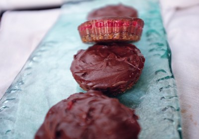 Vegan Raspberry Chocolate Tarts