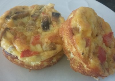 Omelet Muffins with Sausage and Cheese