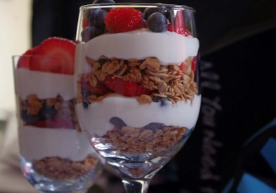 Summer Berry Parfait with Yogurt and Granola