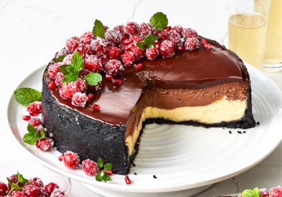 Ghirardelli Layered Chocolate Cheesecake With Ganache Glaze