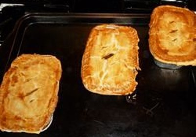 Easy Mini Ale and Meat Pies