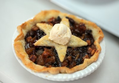 Mincemeat Pie with Brandy Butter