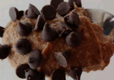 Brownie Batter Dip (aka Chocolate Hummus)